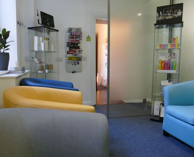Waiting Room from back wal-gallagher-dental-dublin-2l-m